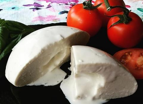Strictly Roots Big Burrata Style Vegan Cheese